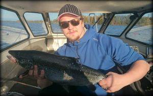 Roope Huolman, Saimaa 18.10.2015, järväri 3,4kg ja 65cm.